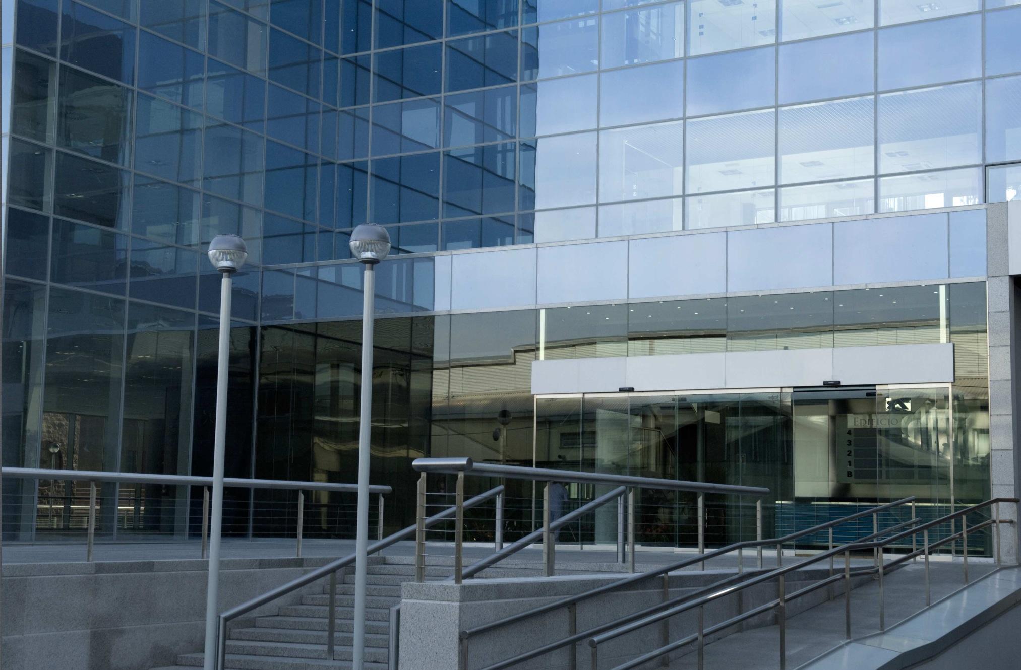 2-entrada-bussines-center